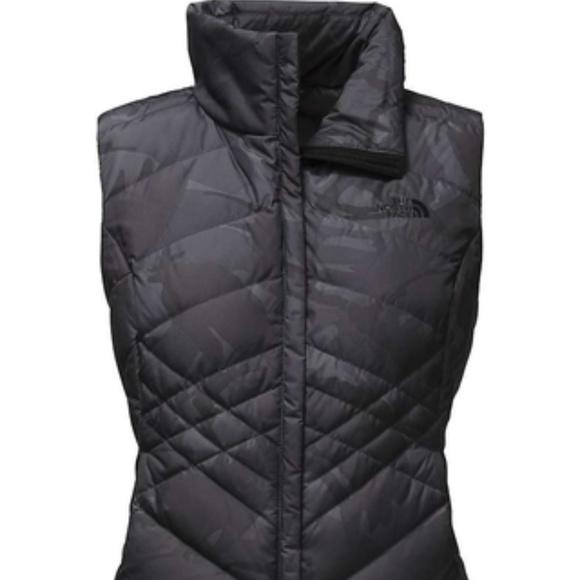 f8b422d6c1 The North Face Women s Down Black Camo Vest